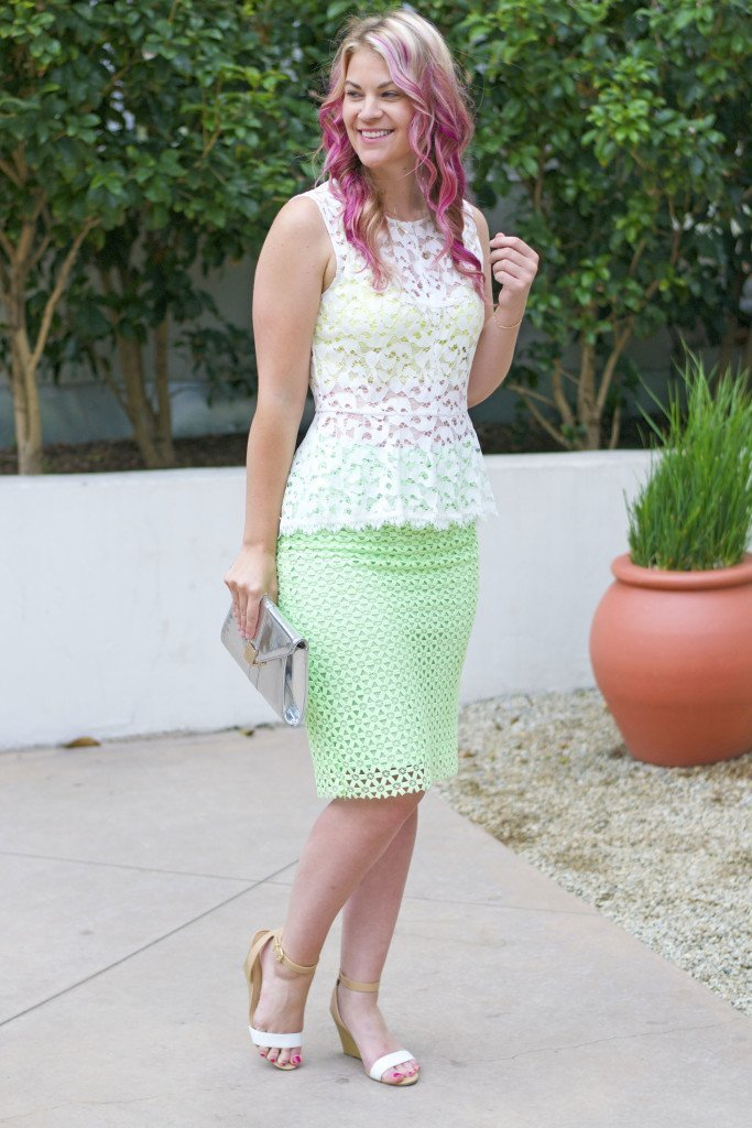 white lace top_green pencil skirt_brittandwhit