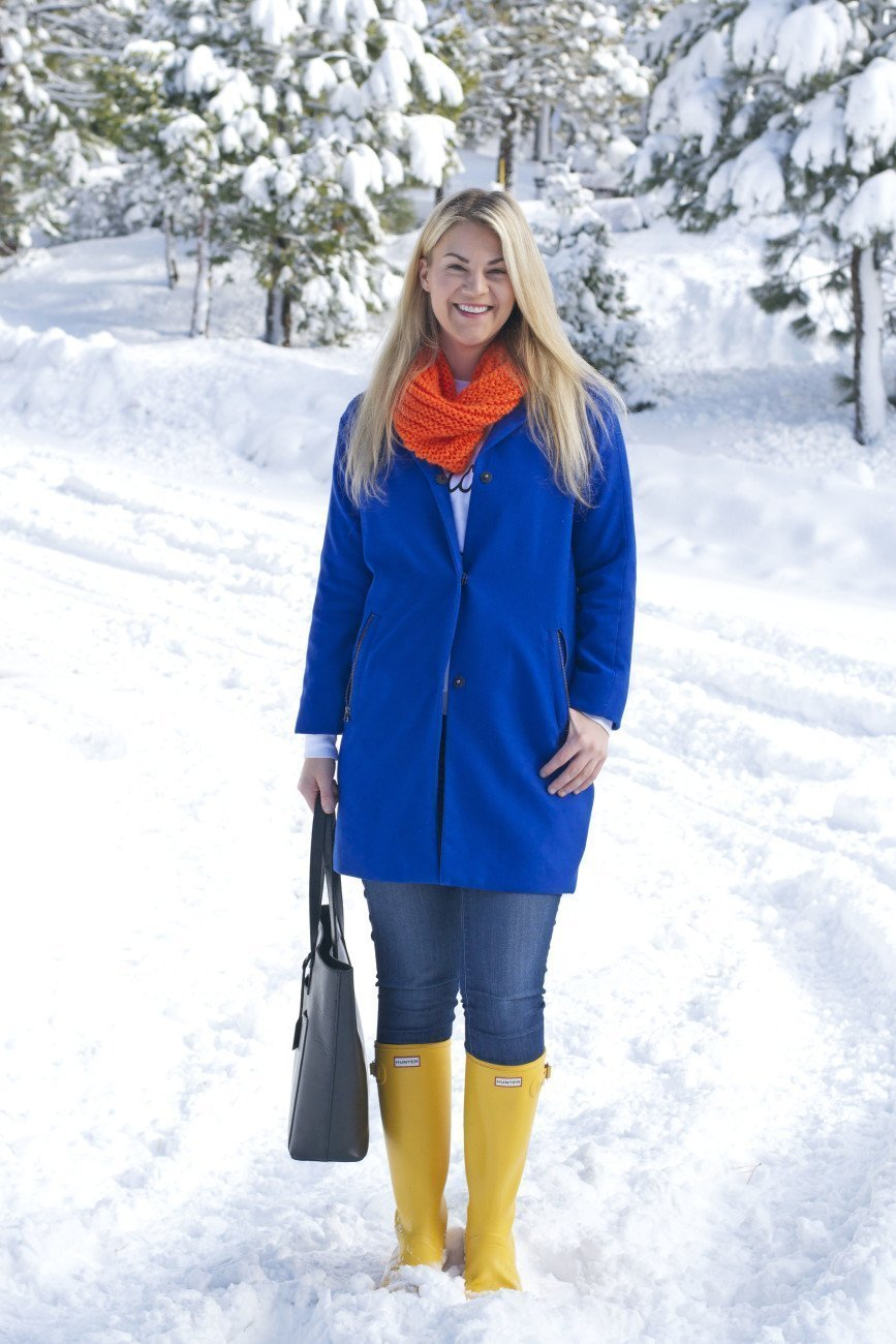 yellow hunter boots winter style