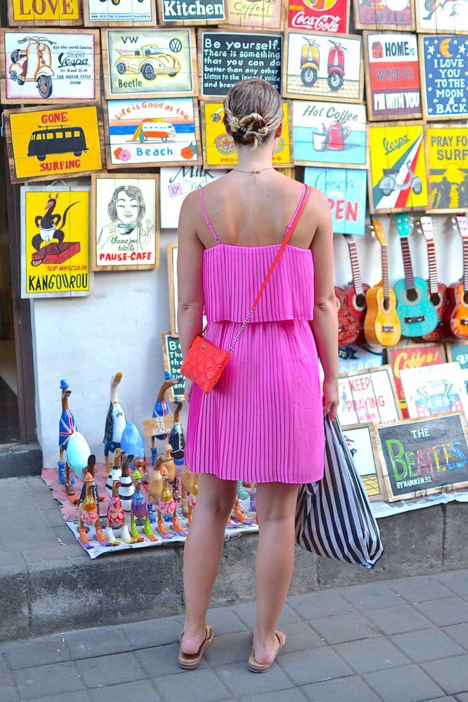 ubud market shopping