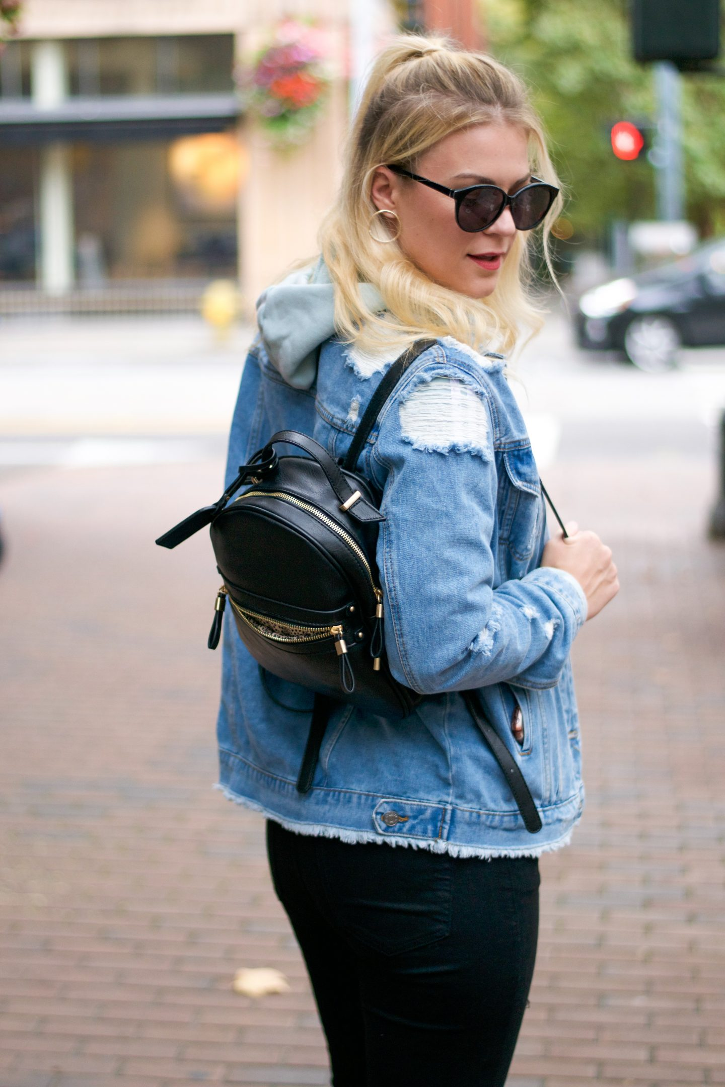 Casual Friday Look styled by top Seattle tall fashion blogger, Whit Wanders