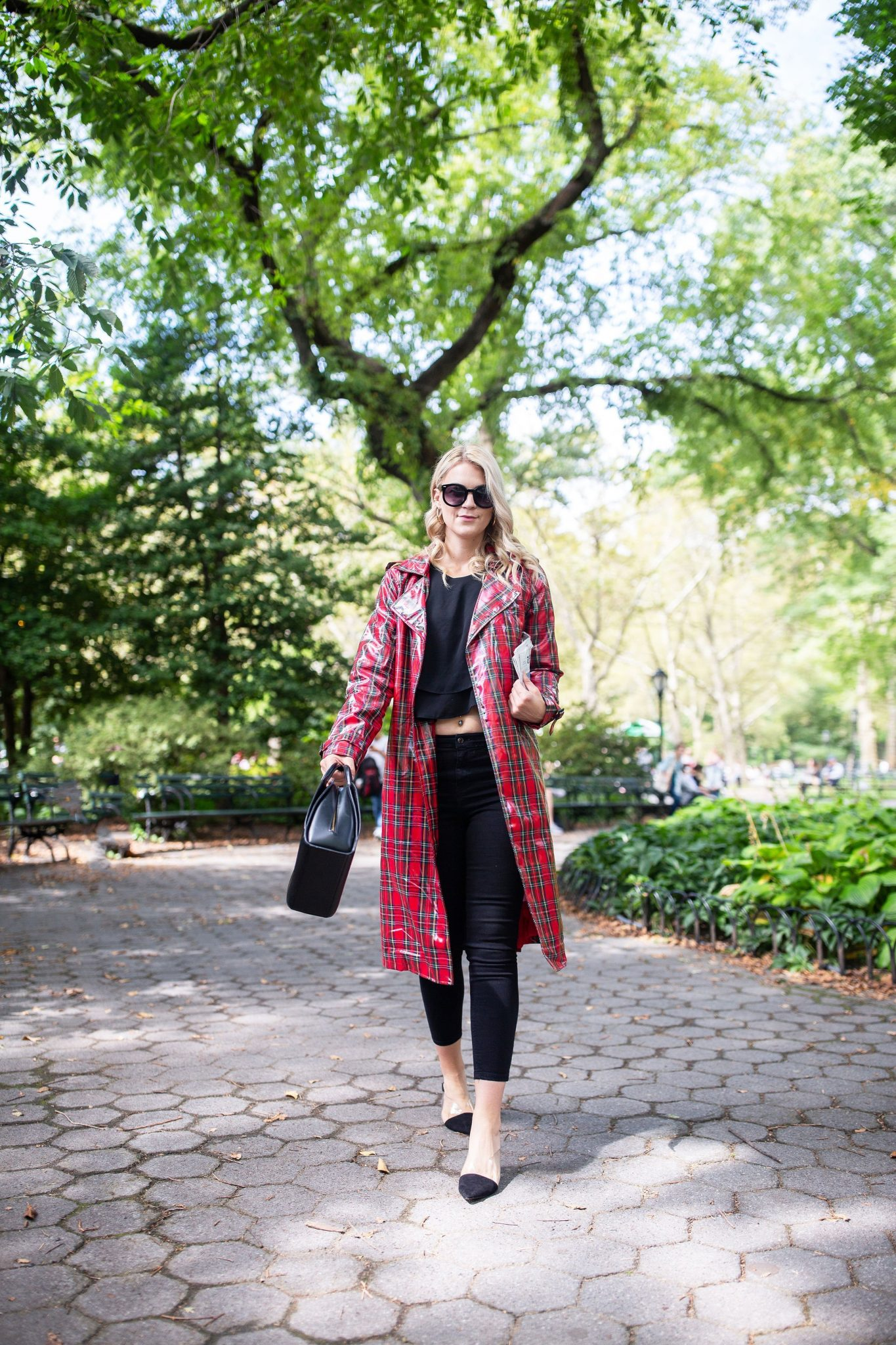 Plaid Trench Coat by popular Seattle tall fashion blog, Whit Wanders: image of a woman wearing a Forever 21 plaid trench coat, black t-shirt, black jean, black frame sunglasses, and carrying a black bag.