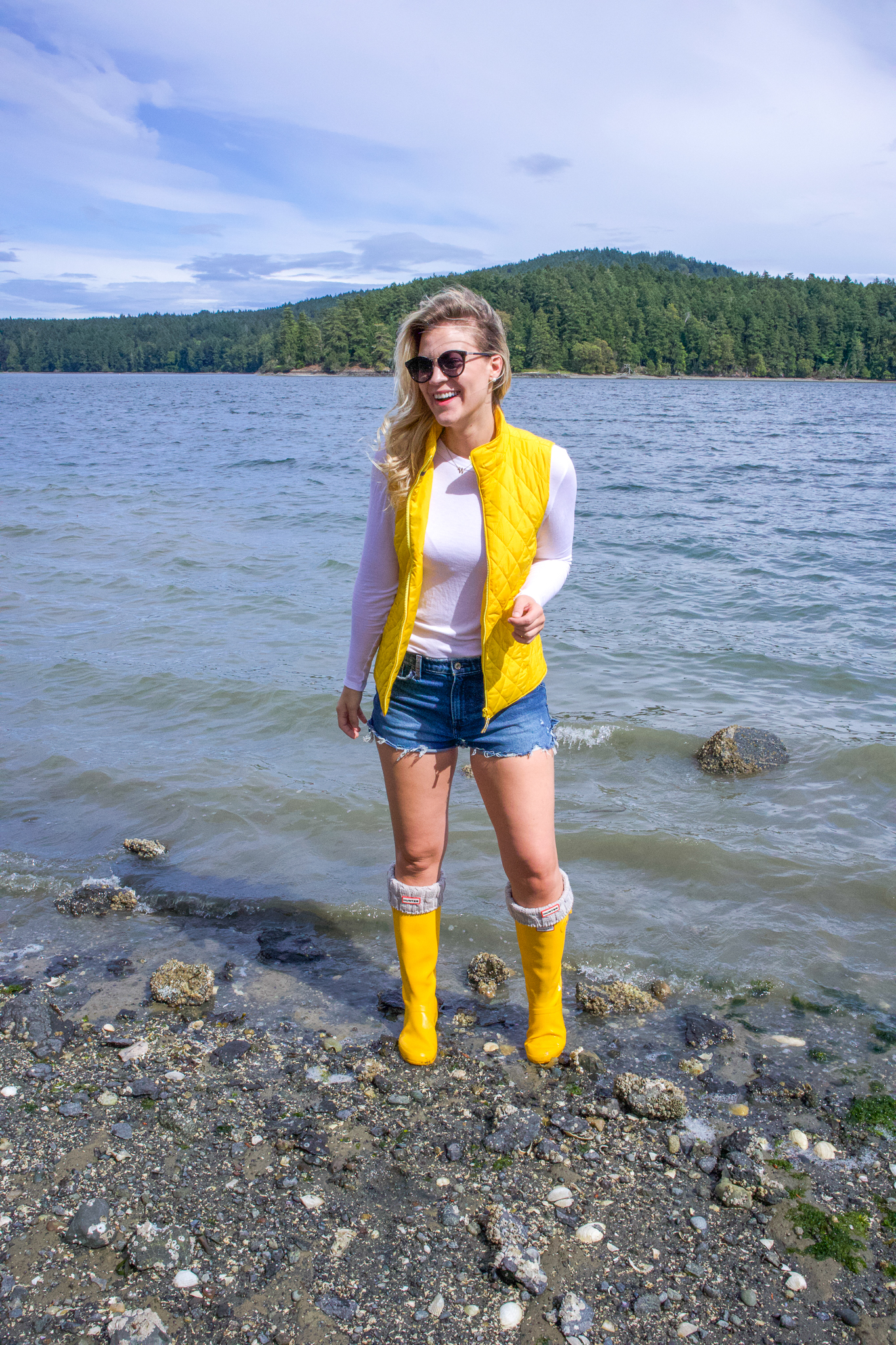 feMy 4th of July Weekend Plans featured by top Seattle lifestyle blogger, Whit Wanders.